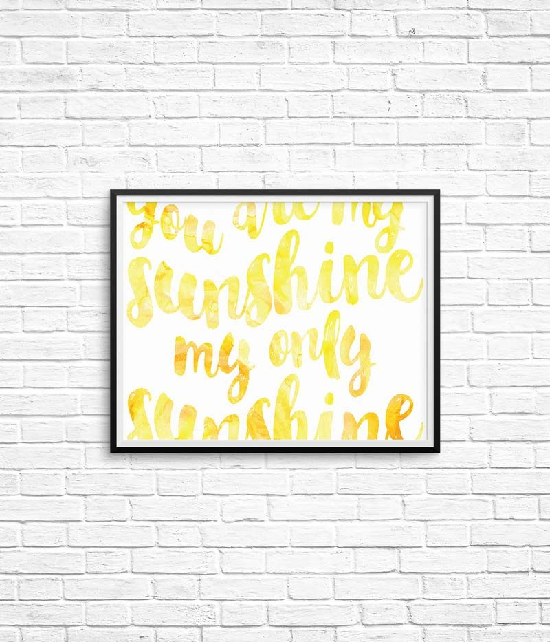 You Are My Sunshine Free Print | Click through to download this free printable wall for your home and decorate your baby's nursery, kid's bedroom or your living room instantly!