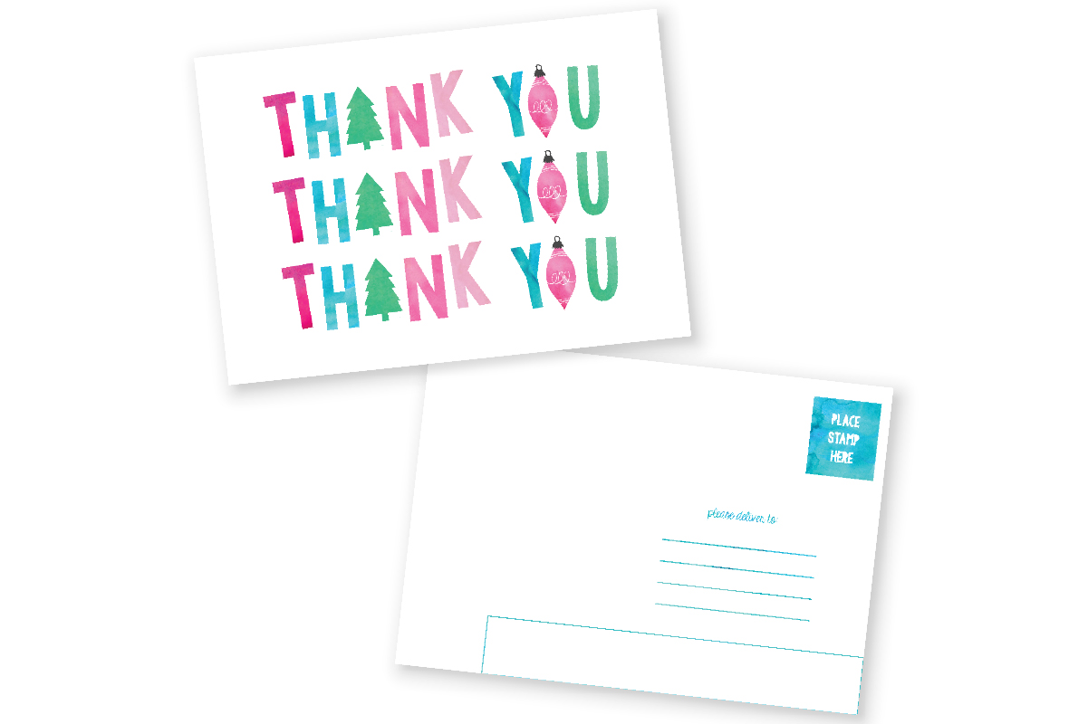 Christmas Thank You Cards FREE Printable   Send some happy mail and teach your kiddos manners by mailing these cute Christmas thank you post cards! Click through to download now.