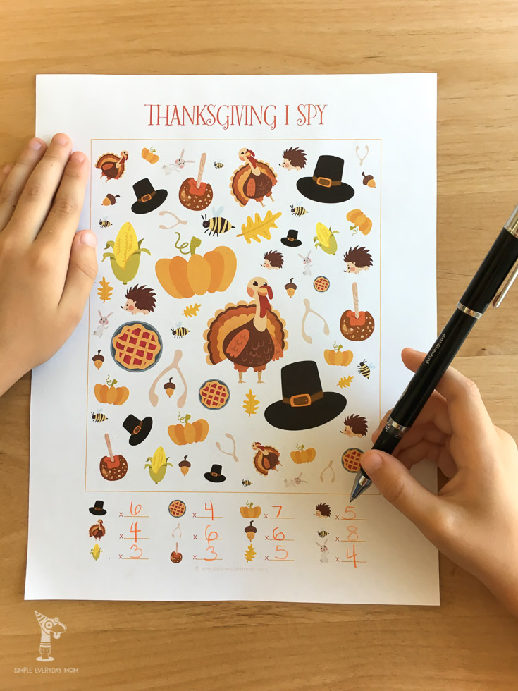 Thanksgiving I spy | printable activities for kids