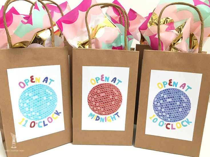 New Years eve countdown bags | NYE activities for kids | printable new years eve games