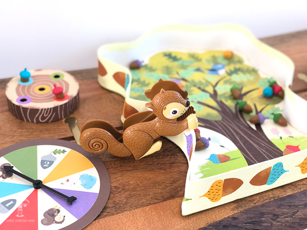 best board games for kids: sneaky snacky squirrel game