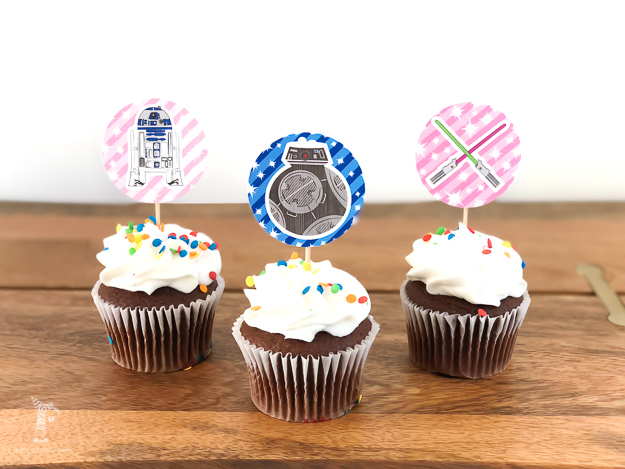 photograph relating to Cupcake Printable titled Totally free Printable Star Wars Cupcake Toppers For Boys Gals