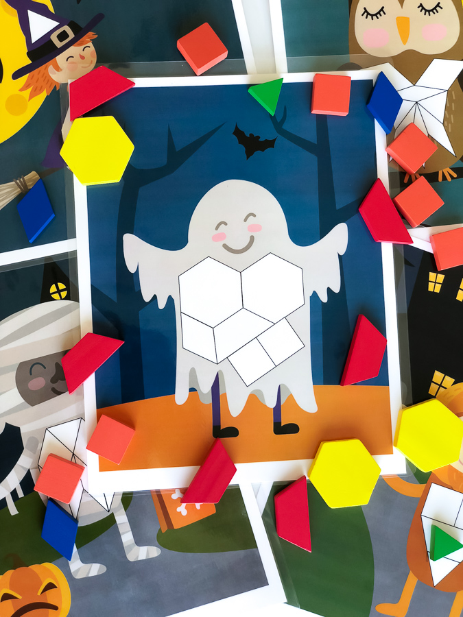 Halloween Pattern Block Puzzles | This is a fun hands-on Halloween math activity that's great for kindergarten or preschool. #math #stem #halloweenactivities #kidsactivities