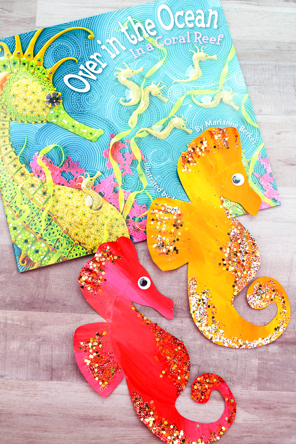 Cute Seahorse Craft For Kids | Kids in elementary will love this easy DIY seahorse craft that perfectly complements a sea theme unit study. #preschool #kindergarten #elementary #earlyeducation #craftsforkids