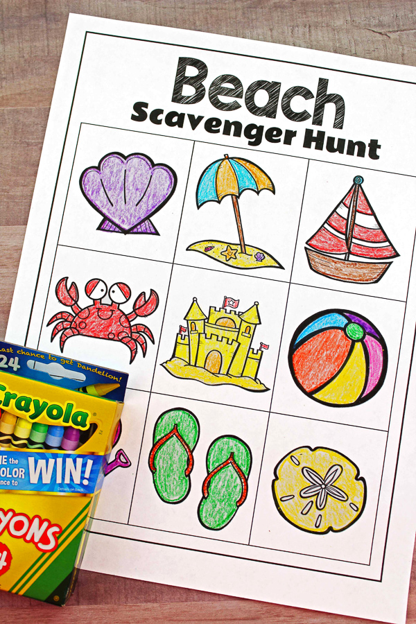 Free Printable Beach Scavenger Hunt For Kids | Print this out and bring it with you to your next beach trip. It's perfect for summer fun for families and young kids! #summeractivities #beach #freeprintable #kidsactivities #ideasforkids #preschool