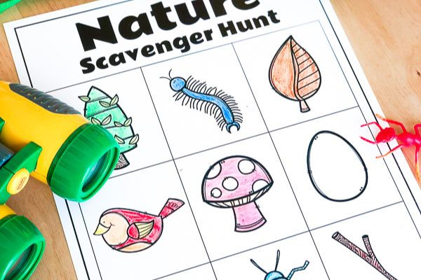 free nature scavenger hunt for kids