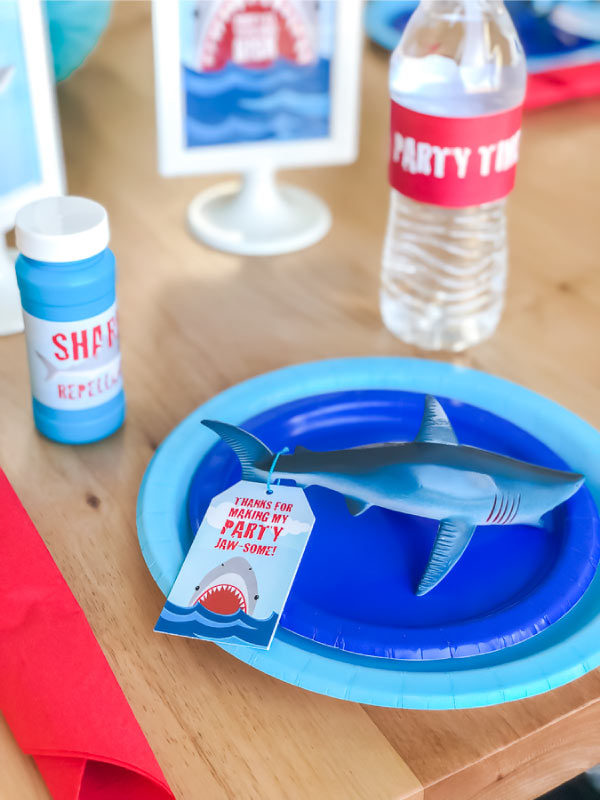 Shark Party Table Setting #kids #kidsparties #parties #children