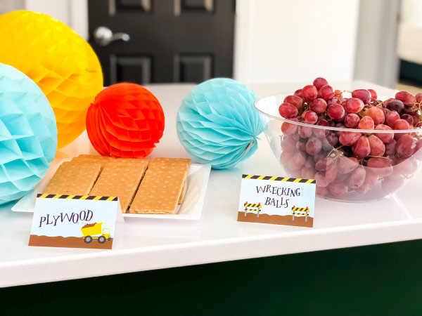 Construction Party Planning Food Ideas #partyfood #printables #partyprintables