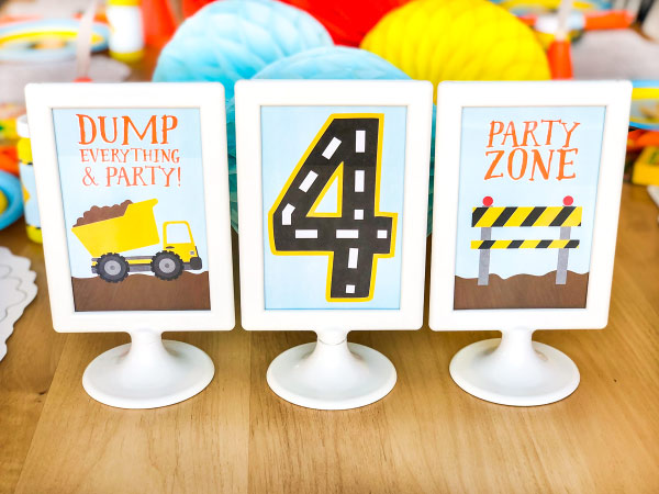 Construction party printable table signs | decor ideas #party #partyplanning #partydecor #printable