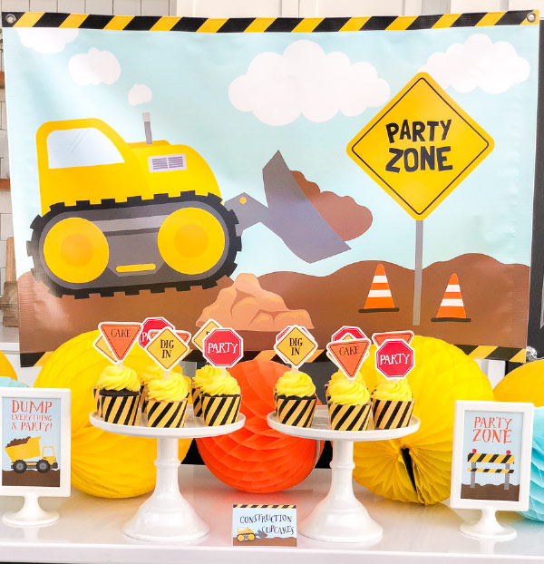 Construction Party Ideas | Plan an awesome party for your child with this all in one party printable pack. #birthdayideas #firstbirthday #boybirthday