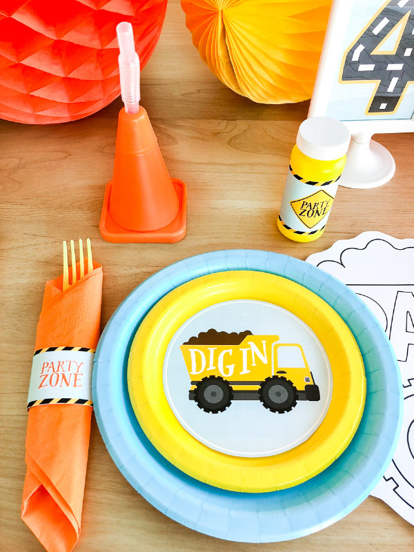 Boys Birthday Party Themes | Throw together this construction themed party in a flash with printable pack. #printable #constructionparty #boys