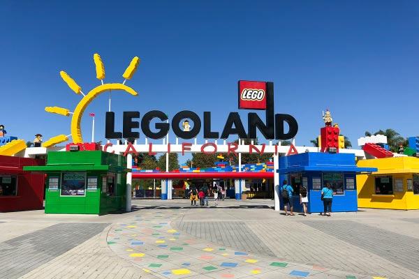 Legoland castle hotel legoland entrance