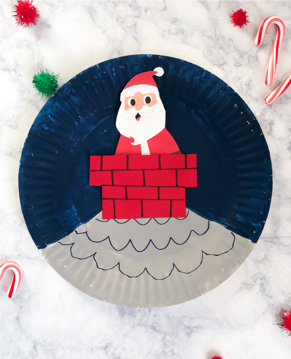 Santa Craft For Kids | Make this easy Santa paper plate craft with your kids this winter! #kids #kidsandparenting #kidsactivities #kidscrafts
