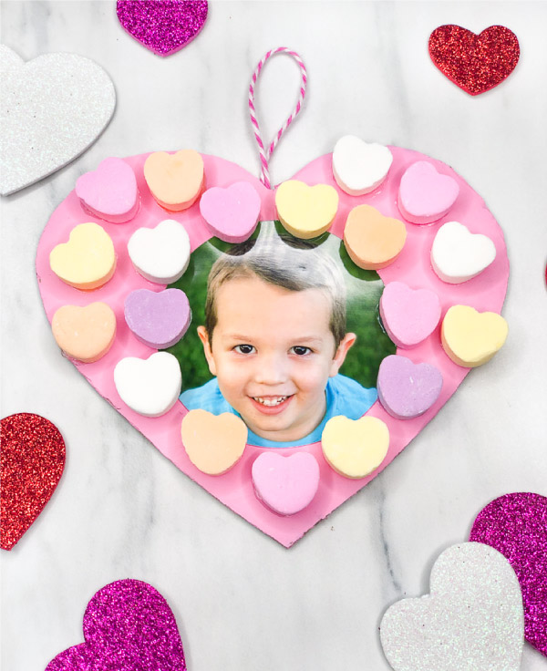 conversation heart candy valentine wreath for kids