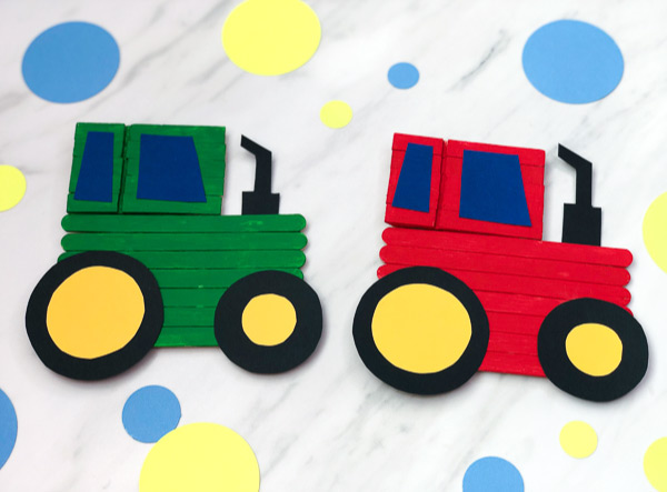 Tractor Craft For Kids | Make these fun popsicle stick tractors from popsicle sticks, wooden clothespins, paper and a paint. #kids #kidsactivities #kidscrafts #craftsforkids #artprojects #farm #elementary #ece