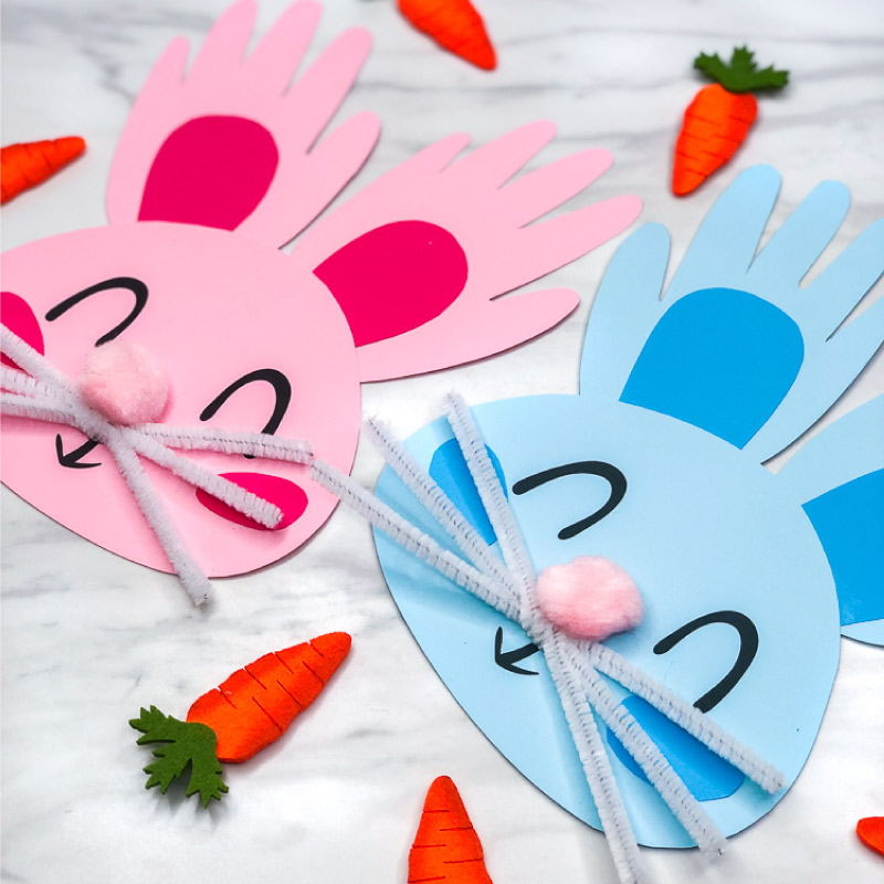 Rabbit Craft For Kids | Make this DIY handprint bunny art project for Easter or springtime. It's easy enough for preschool and kindergarten children, plus it comes with a free printable template. #kids #easter #eastercrafts #easteractivities #preschool #teachingkindergarten #simpleeverydaymom #bunnycraft #handprintcrafts #ideasforkids #artprojects #kidscrafts