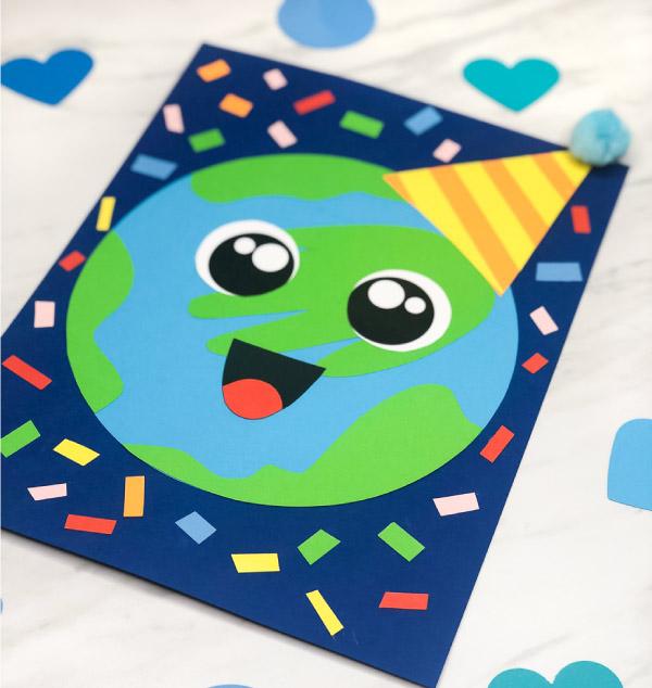 Planet Earth Craft For Kids | Make this fun handprint Earth craft to celebrate Earth Day! It's a simple idea for teaching kids! #earth #earthday #earthdaycrafts #kidscrafts #craftsforkids #preschool #prek #kindergarten #ece #earlychildhood #preschoolcrafts