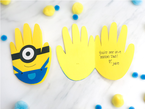 Handprint Minion Craft For Kids | Make this DIY minion card for Dad this Father's Day or any celebration! #kids #kidsactivities #kidsactivity #kidscrafts #craftsforkids #handprintcrafts #handprintart #minion #minioncrafts #fathersday #preschool #kindergarten #elementary #ece #earlychildhood