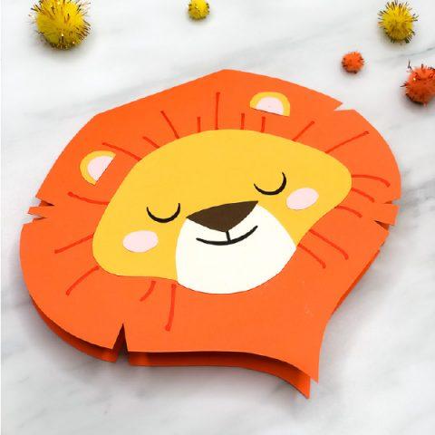 Closeup of paper lion card