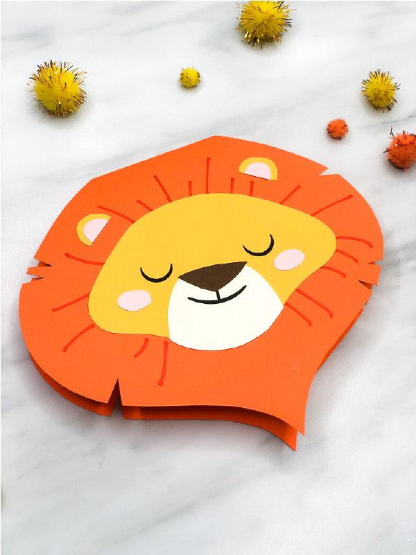 Closeup of paper lion card