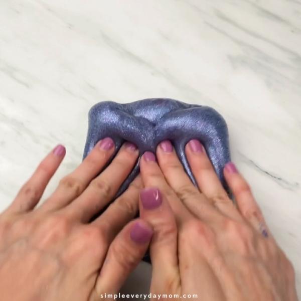 hand kneading slime