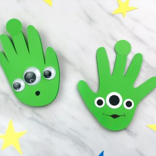 Alien Handprint Card From Toy Story 4