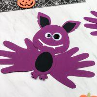 Easy Bat Handprint Craft