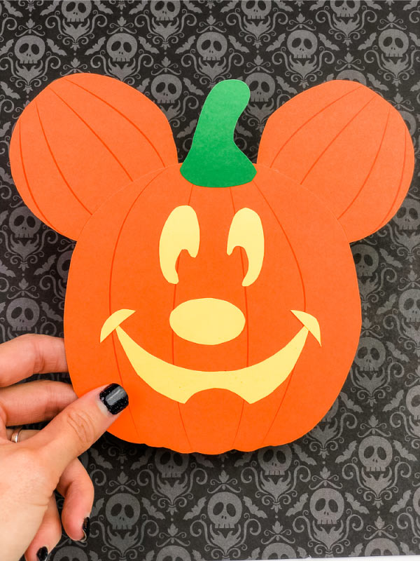 disneyland mickey pumpkin craft