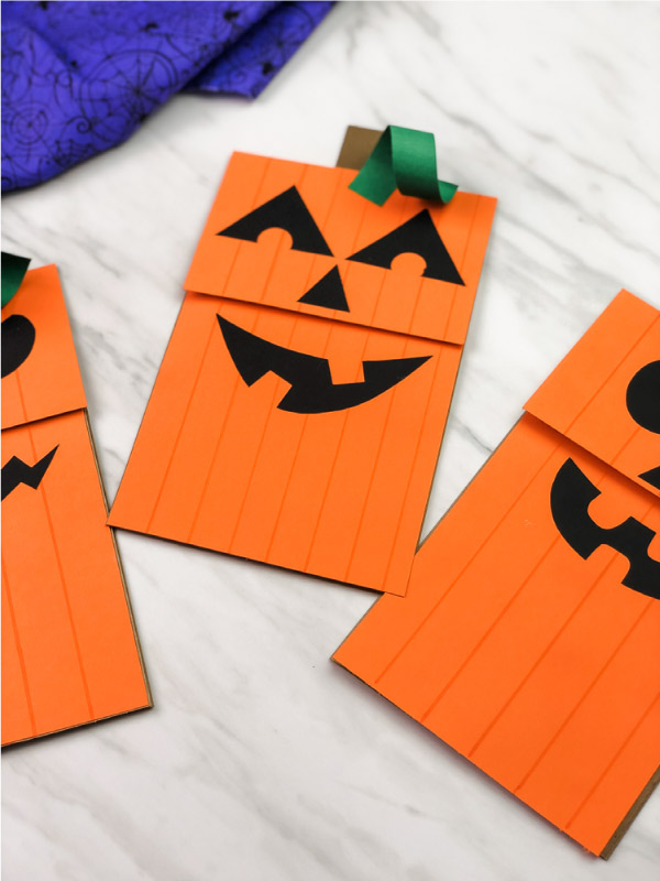 pumpkin paper bag puppets