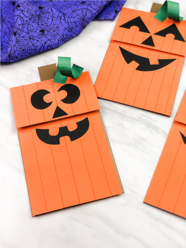 brown paper bag puppet halloween