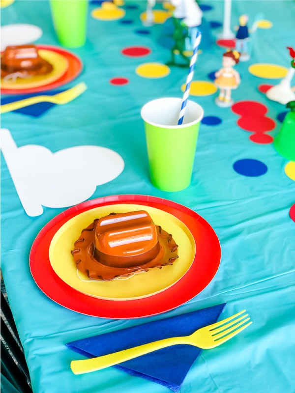 toy story 4 party table