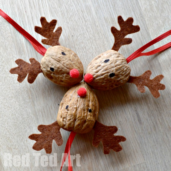 Walnut Crafts - Reindeer Ornament