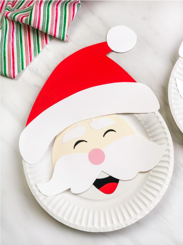 closeup of Santa paper plate craft