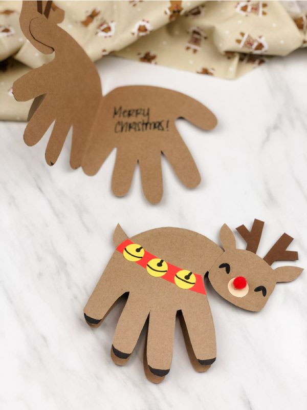 handprint reindeer craft for preschool