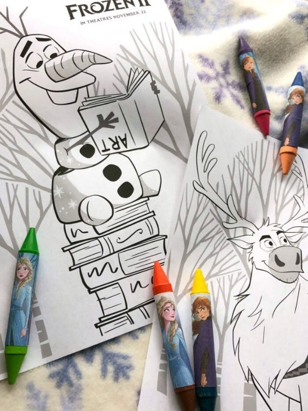 Olaf and Sven coloring pages with crayons
