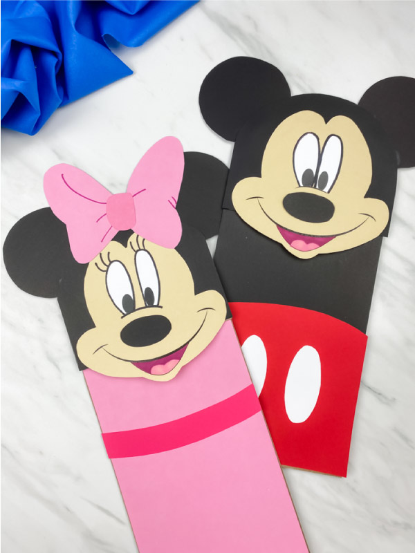 minnie & mickey puppet craft with blue fabric