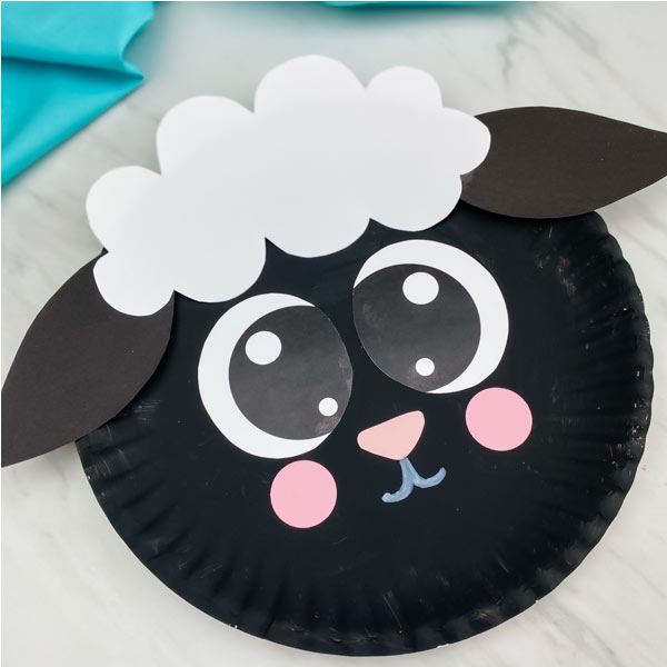 black paper plate sheep craft