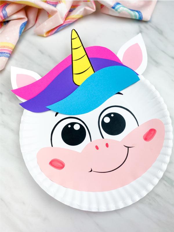 closeup of paper plate unicorn