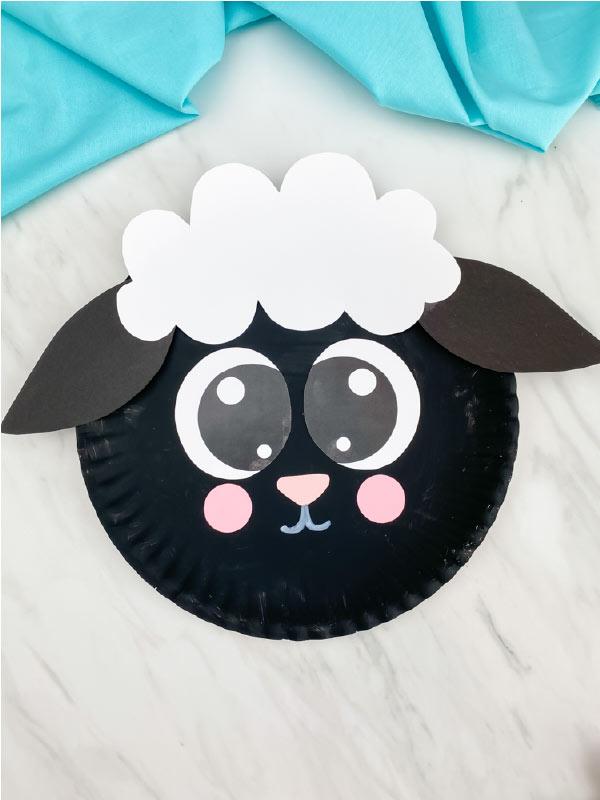 black paper plate sheep