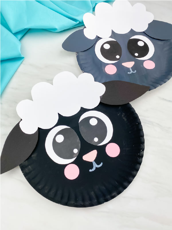 black and gray paper plate sheep
