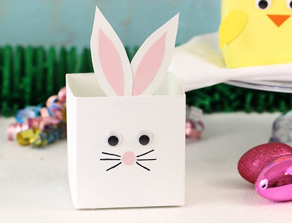 Upcycled Bunny & Chick Easter Baskets