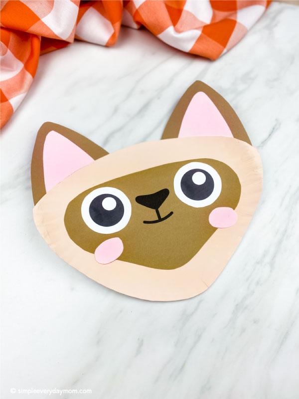siamese paper plate cat