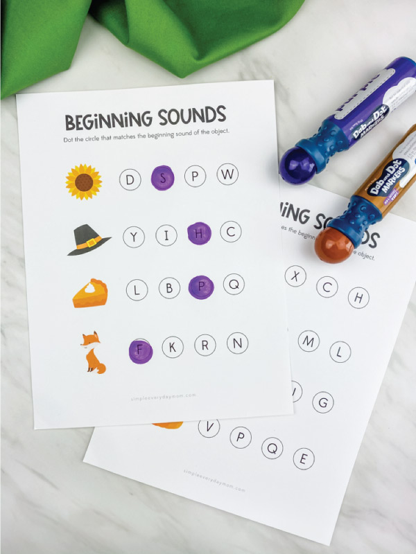Thanksgiving beginning sounds dot marker printables