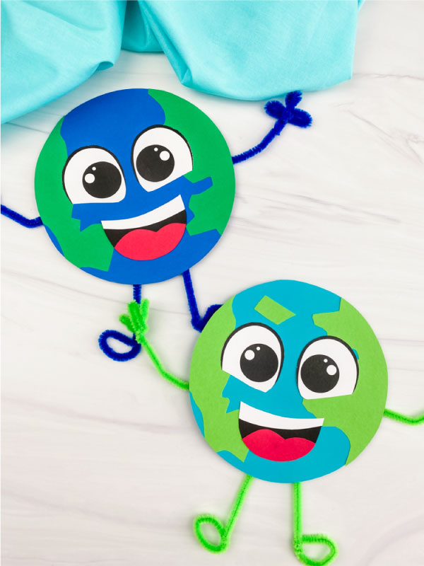 2 paper Earth crafts