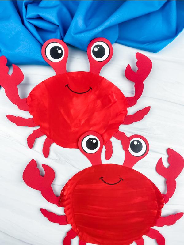 2 paper plate crab crafts