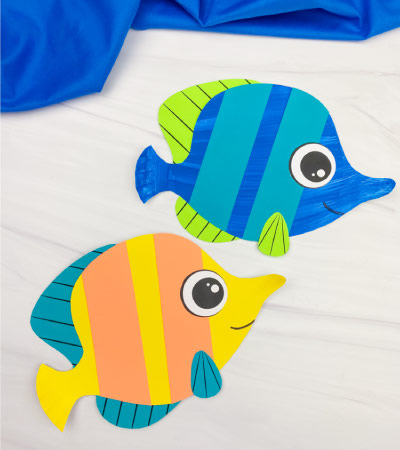 2 paper plate fish crafts