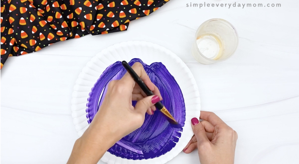 hand painting paper plate purple