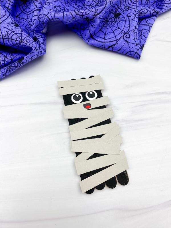 mummy popsicle stick craft